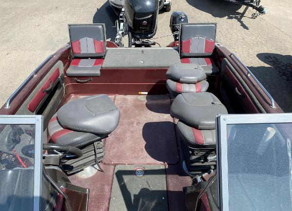 2017 Stratos boat for sale, model of the boat is 326 XF & Image # 9 of 14
