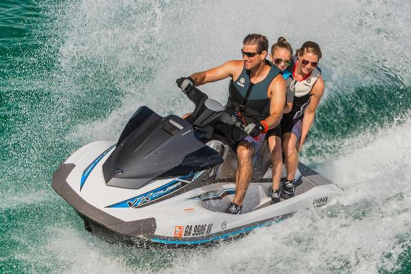2019 Yamaha boat for sale, model of the boat is VX Cruiser & Image # 3 of 11