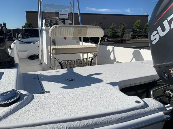 2016 Carolina Skiff boat for sale, model of the boat is DLX Series 21 & Image # 6 of 19