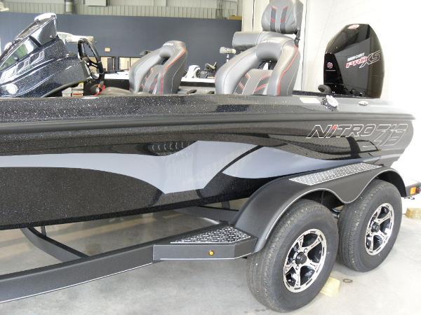 2021 Nitro boat for sale, model of the boat is Z19 & Image # 3 of 35
