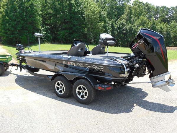 2021 Nitro boat for sale, model of the boat is Z19 & Image # 7 of 35