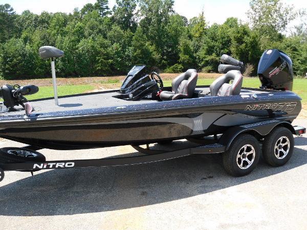 2021 Nitro boat for sale, model of the boat is Z19 & Image # 8 of 35