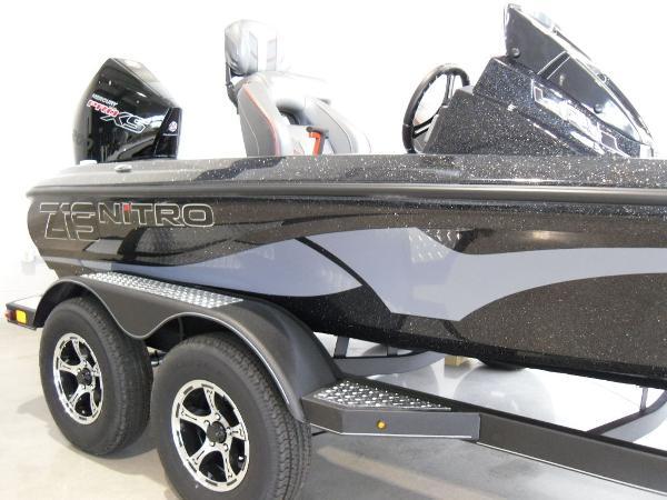 2021 Nitro boat for sale, model of the boat is Z19 & Image # 10 of 35