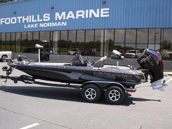2021 Nitro boat for sale, model of the boat is Z19 & Image # 1 of 35