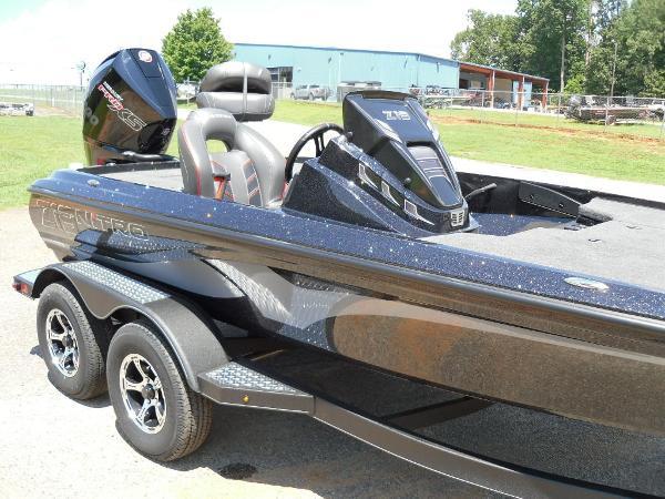 2021 Nitro boat for sale, model of the boat is Z19 & Image # 20 of 35