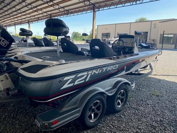 2020 Nitro boat for sale, model of the boat is Z21 & Image # 1 of 10
