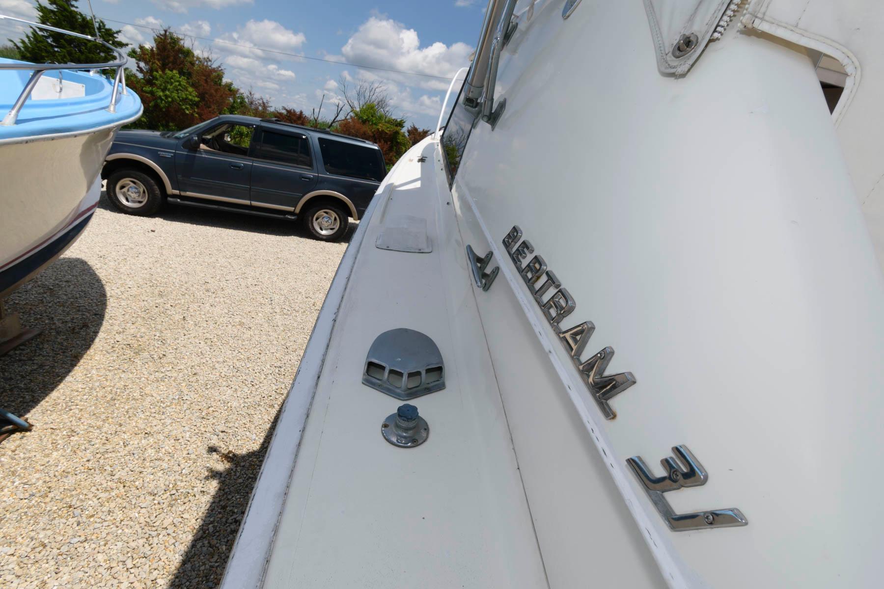 NJ 6141 SC Knot 10 Yacht Sales