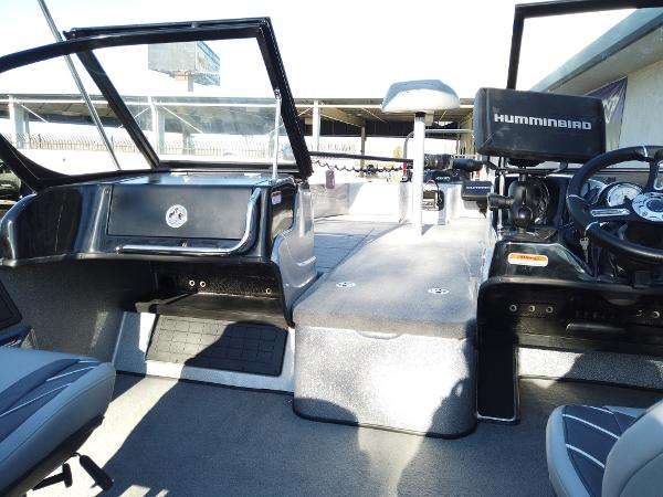 2021 Nitro boat for sale, model of the boat is ZV19 Sport Pro & Image # 14 of 14