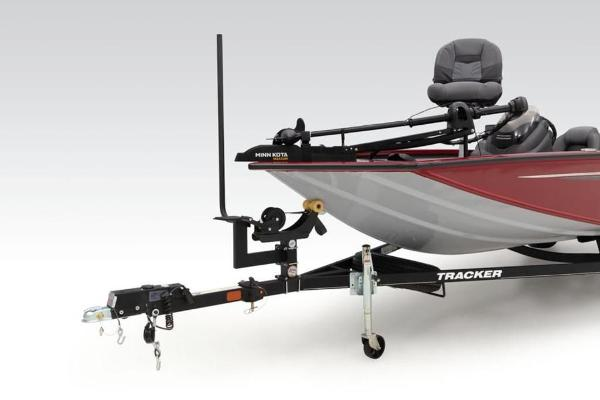 2021 Tracker Boats boat for sale, model of the boat is Pro Team™ 195 TXW Tournament Ed. & Image # 3 of 36
