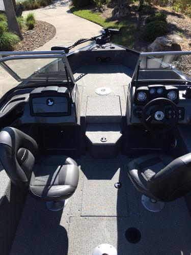 2020 Tracker Boats boat for sale, model of the boat is Pro Guide V-165 WT & Image # 6 of 8