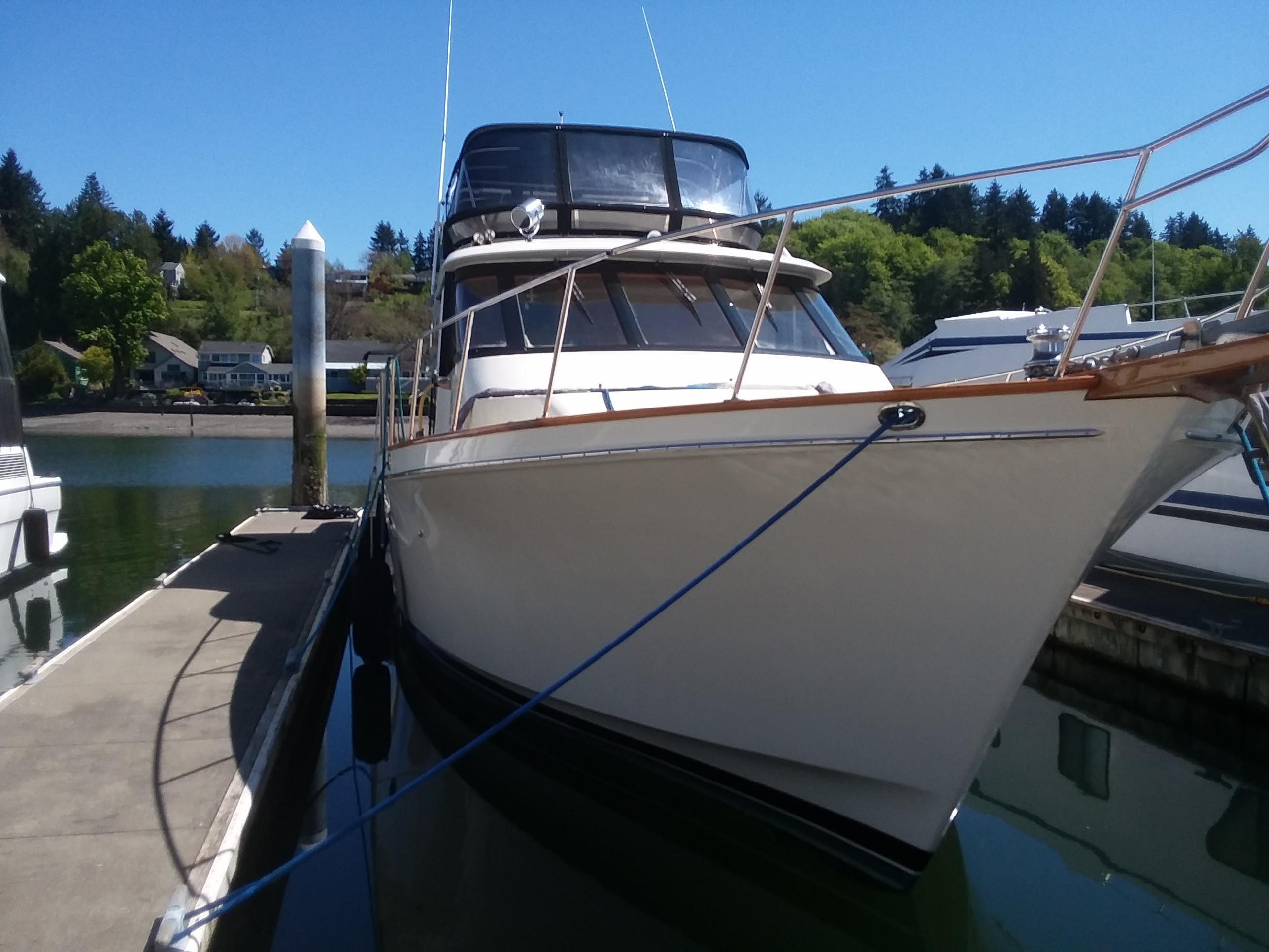 1984 Ocean Alexander Mark II