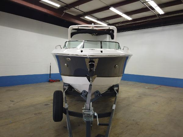 2021 Chaparral boat for sale, model of the boat is 267 SSX & Image # 2 of 13