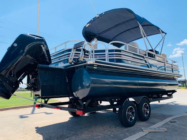 2021 Ranger Boats boat for sale, model of the boat is Reata 223F & Image # 5 of 38