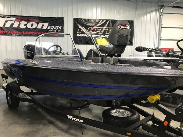 2018 Triton boat for sale, model of the boat is 186 Allure & Image # 1 of 7