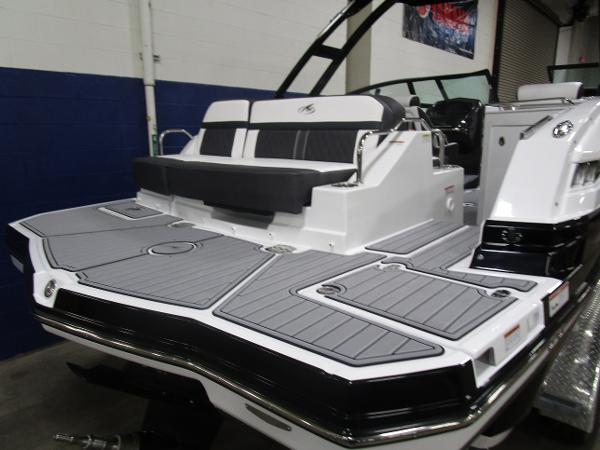 2021 Monterey boat for sale, model of the boat is M6 & Image # 6 of 47