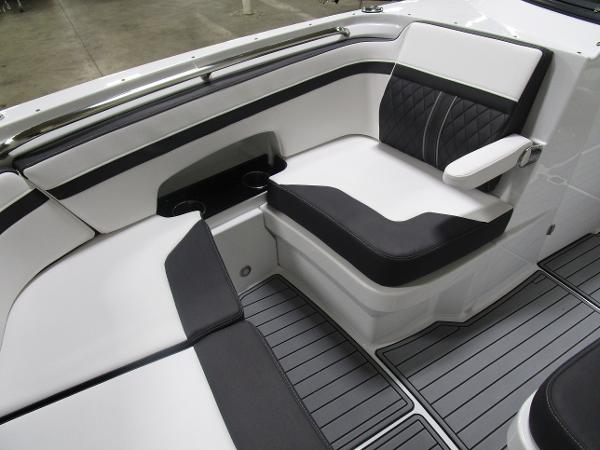 2021 Monterey boat for sale, model of the boat is M6 & Image # 40 of 47