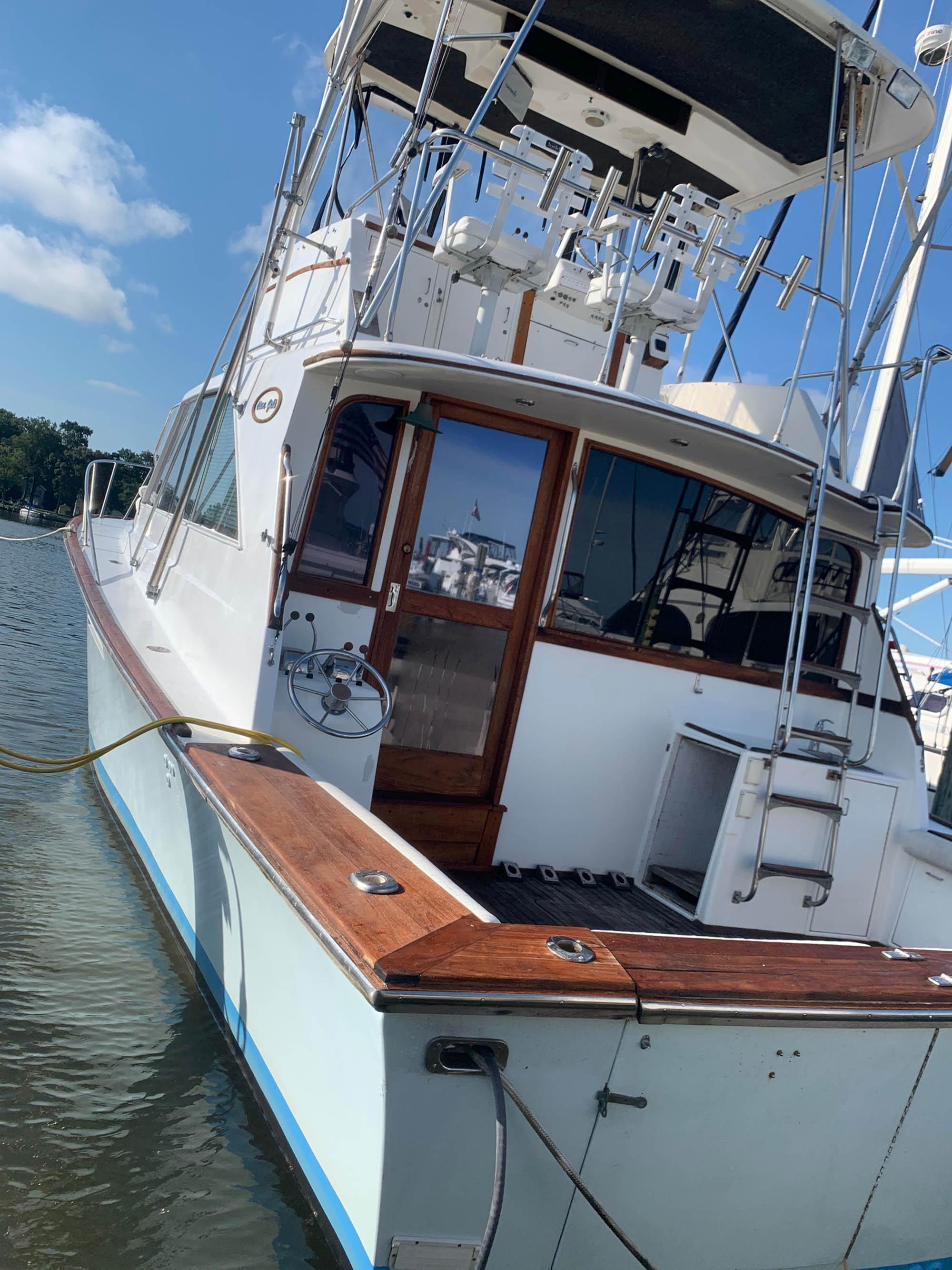 M 5629 KB Knot 10 Yacht Sales