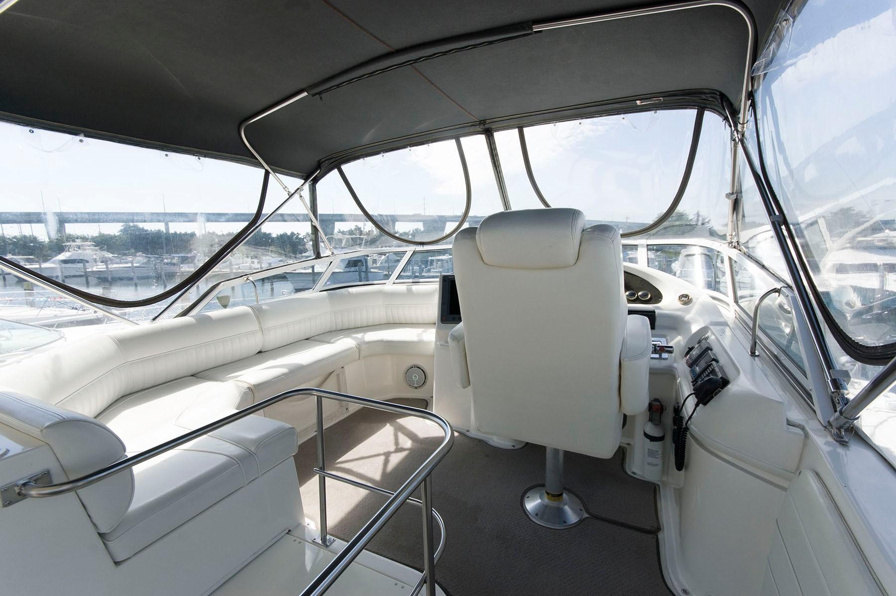 M 4549 WT Knot 10 Yacht Sales