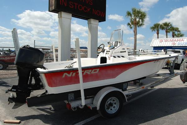 2005 Kenner boat for sale, model of the boat is Nitro Bay & Image # 4 of 9