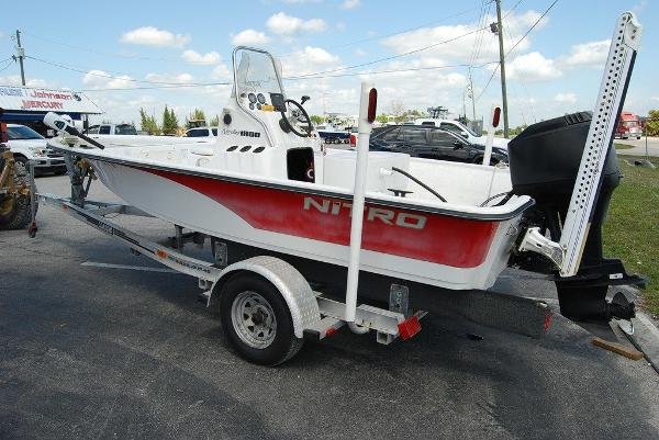 2005 Kenner boat for sale, model of the boat is Nitro Bay & Image # 7 of 9
