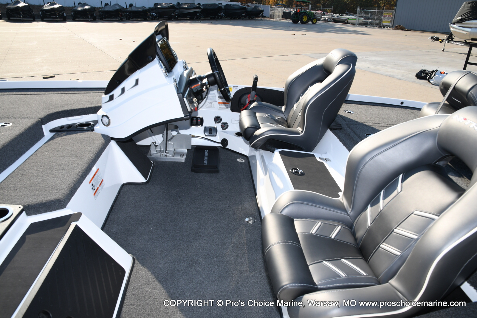 2021 Nitro boat for sale, model of the boat is Z20 PRO PACKAGE & Image # 9 of 50