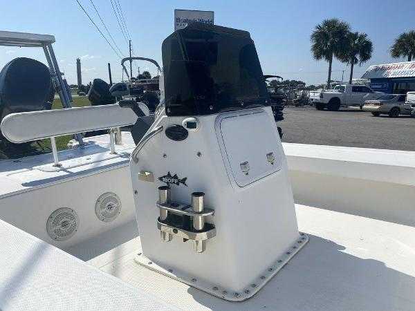 2005 Sea Fox boat for sale, model of the boat is Flats & Image # 7 of 8