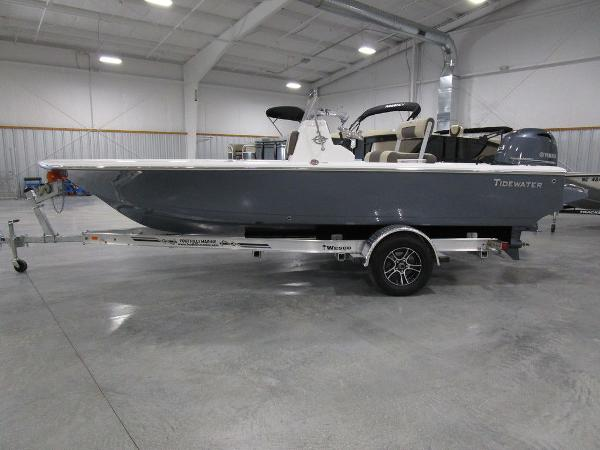 2021 Tidewater boat for sale, model of the boat is 1910 Bay Max & Image # 1 of 31