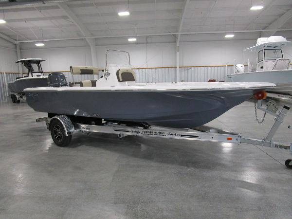 2021 Tidewater boat for sale, model of the boat is 1910 Bay Max & Image # 5 of 31