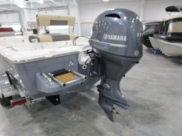 2021 Tidewater boat for sale, model of the boat is 1910 Bay Max & Image # 13 of 31