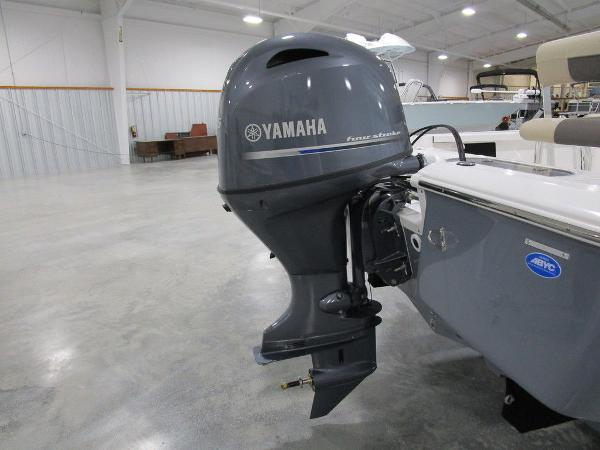 2021 Tidewater boat for sale, model of the boat is 1910 Bay Max & Image # 15 of 31