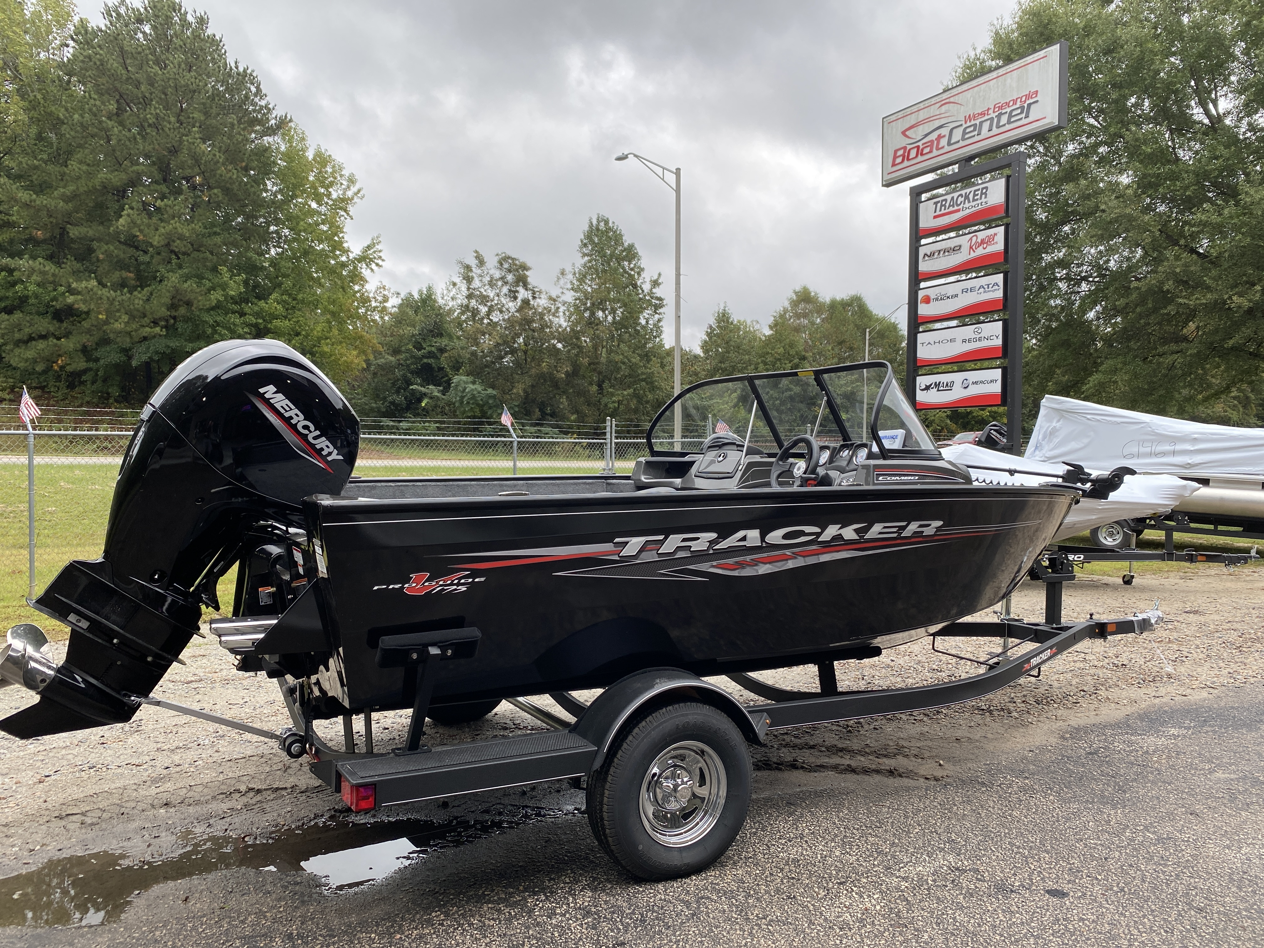 2021 Tracker Boats boat for sale, model of the boat is Pro Guide V175 CB w/150XL 4S & Image # 18 of 43