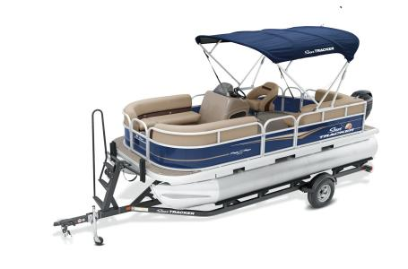 2021 Sun Tracker boat for sale, model of the boat is Party Barge 18 w/60ELPT 4S CT & Image # 14 of 50