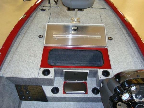 2021 Tracker Boats boat for sale, model of the boat is Pro Team™ 195 TXW Tournament Ed. & Image # 8 of 16