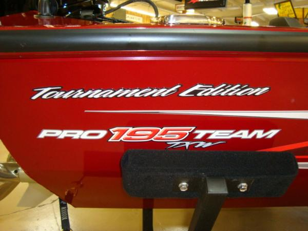 2021 Tracker Boats boat for sale, model of the boat is Pro Team™ 195 TXW Tournament Ed. & Image # 12 of 16