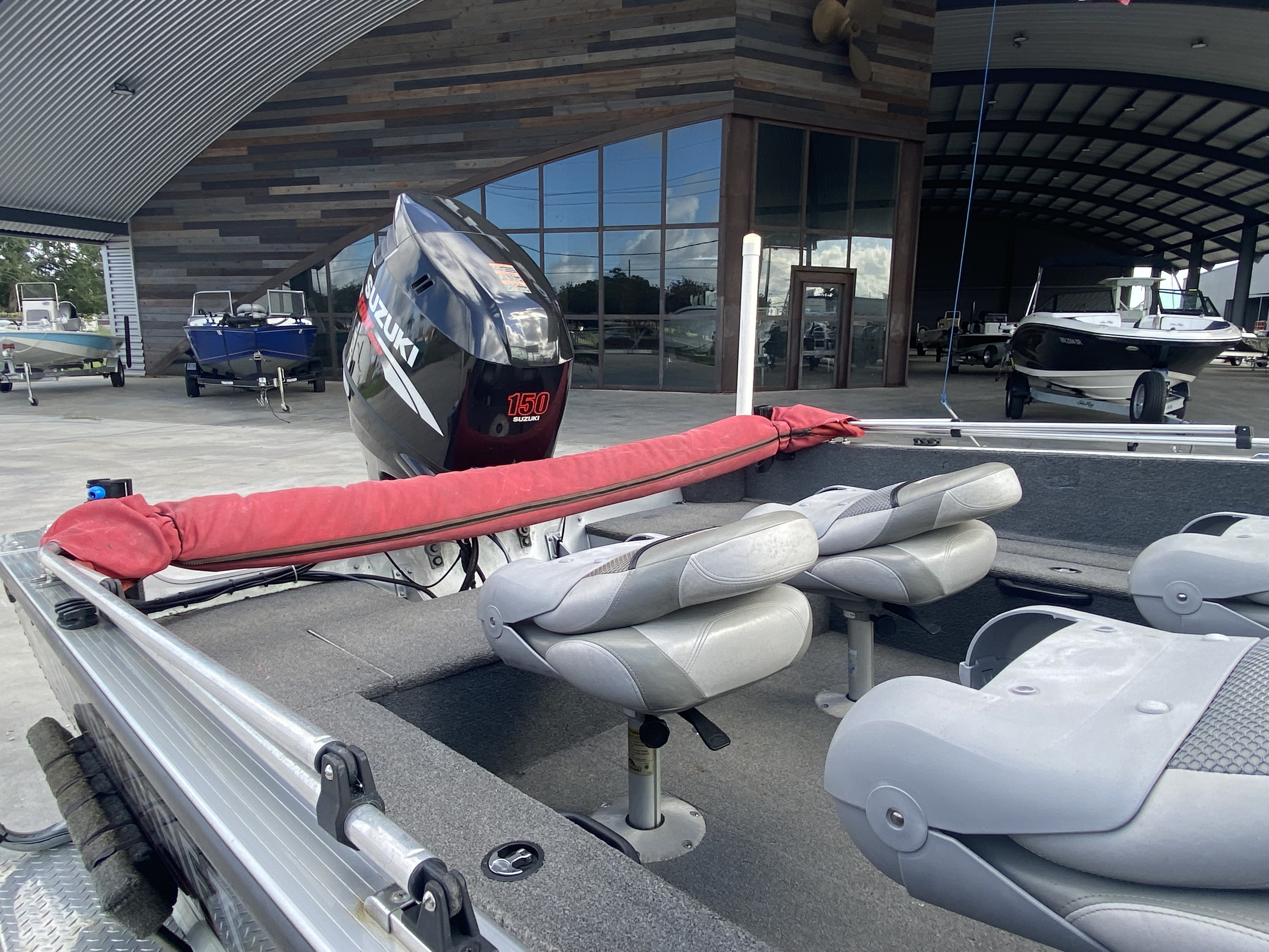 2008 Alumacraft boat for sale, model of the boat is 175 & Image # 3 of 12