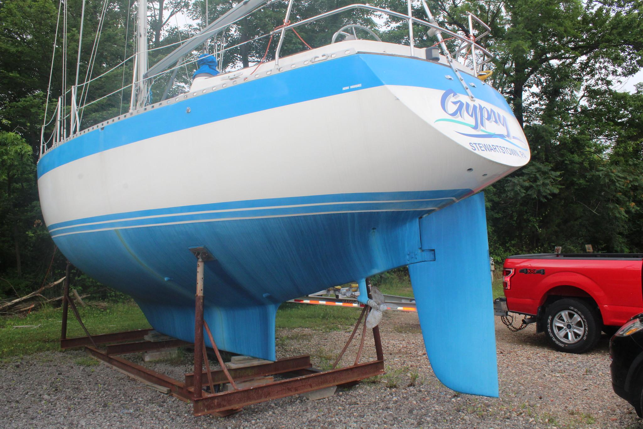 M 6224 RD Knot 10 Yacht Sales