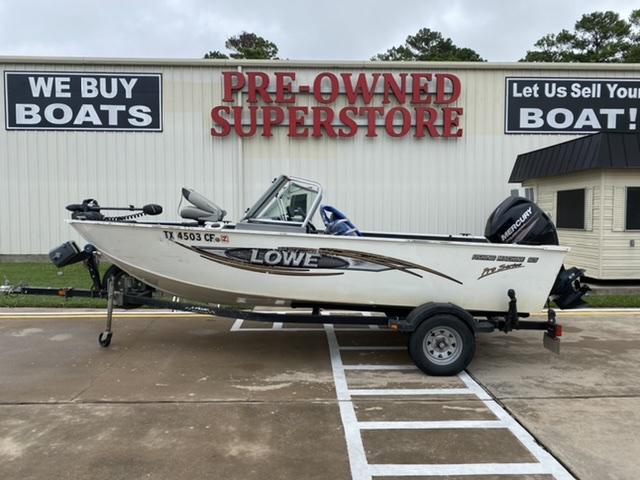 2014 LOWE Fishing Machine 165