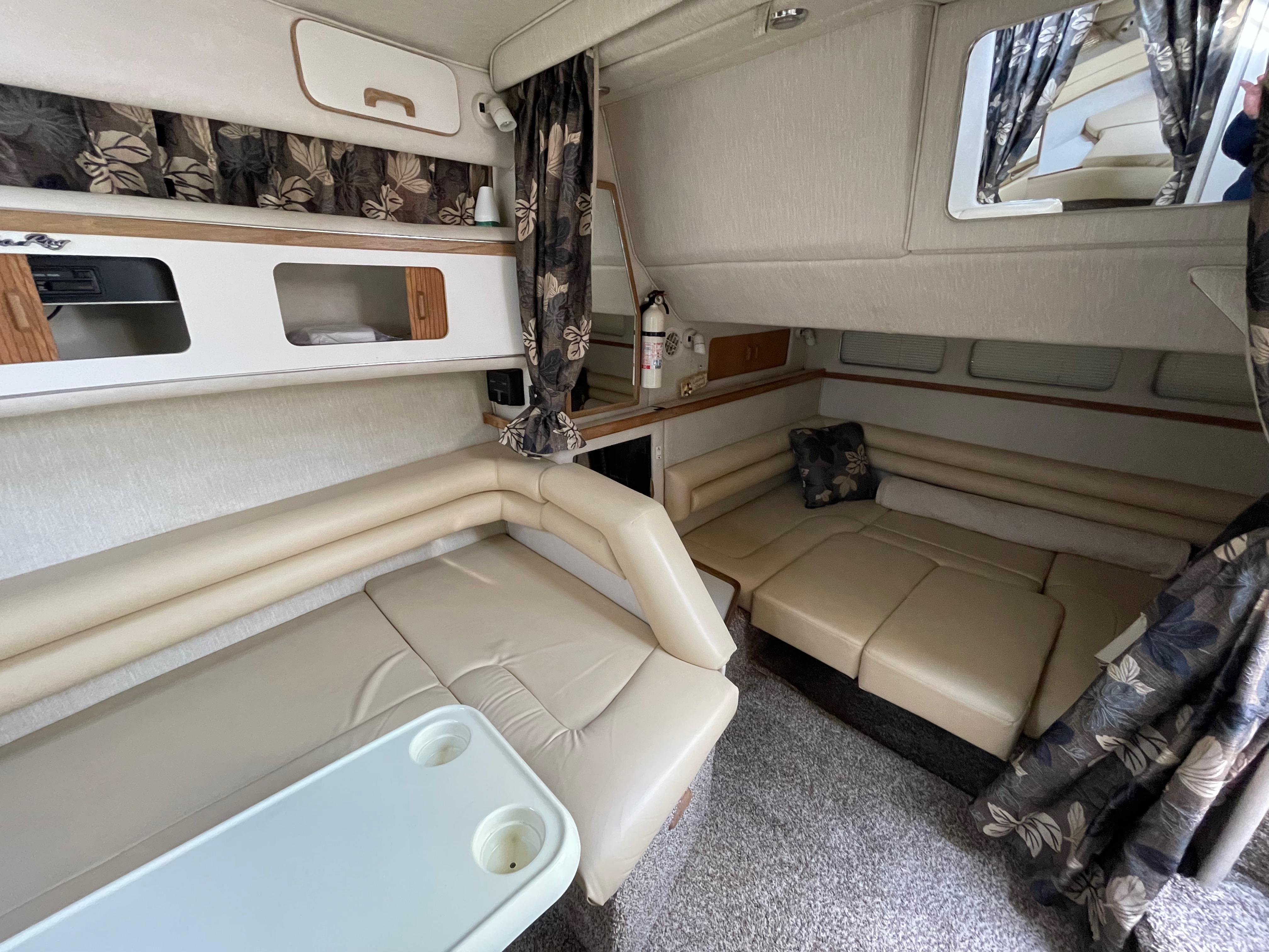 NY 6195 LK Knot 10 Yacht Sales
