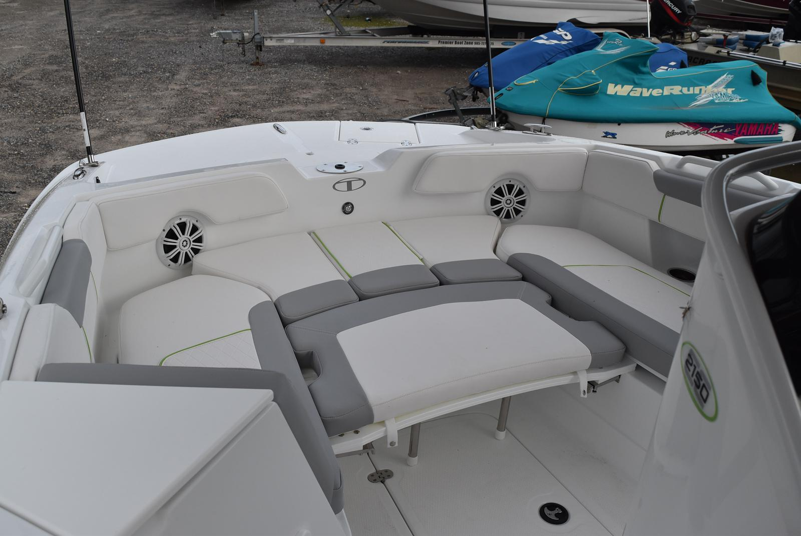 2021 Tahoe boat for sale, model of the boat is 2150cc & Image # 5 of 17