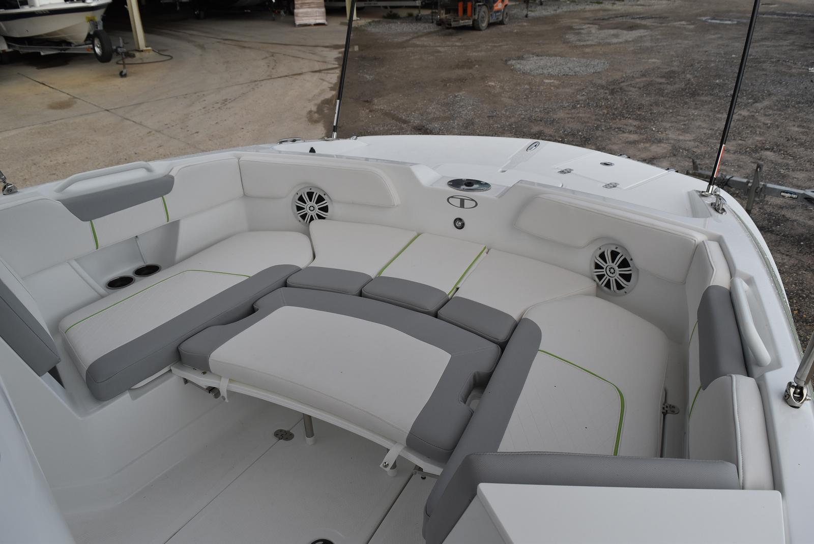 2021 Tahoe boat for sale, model of the boat is 2150cc & Image # 9 of 17