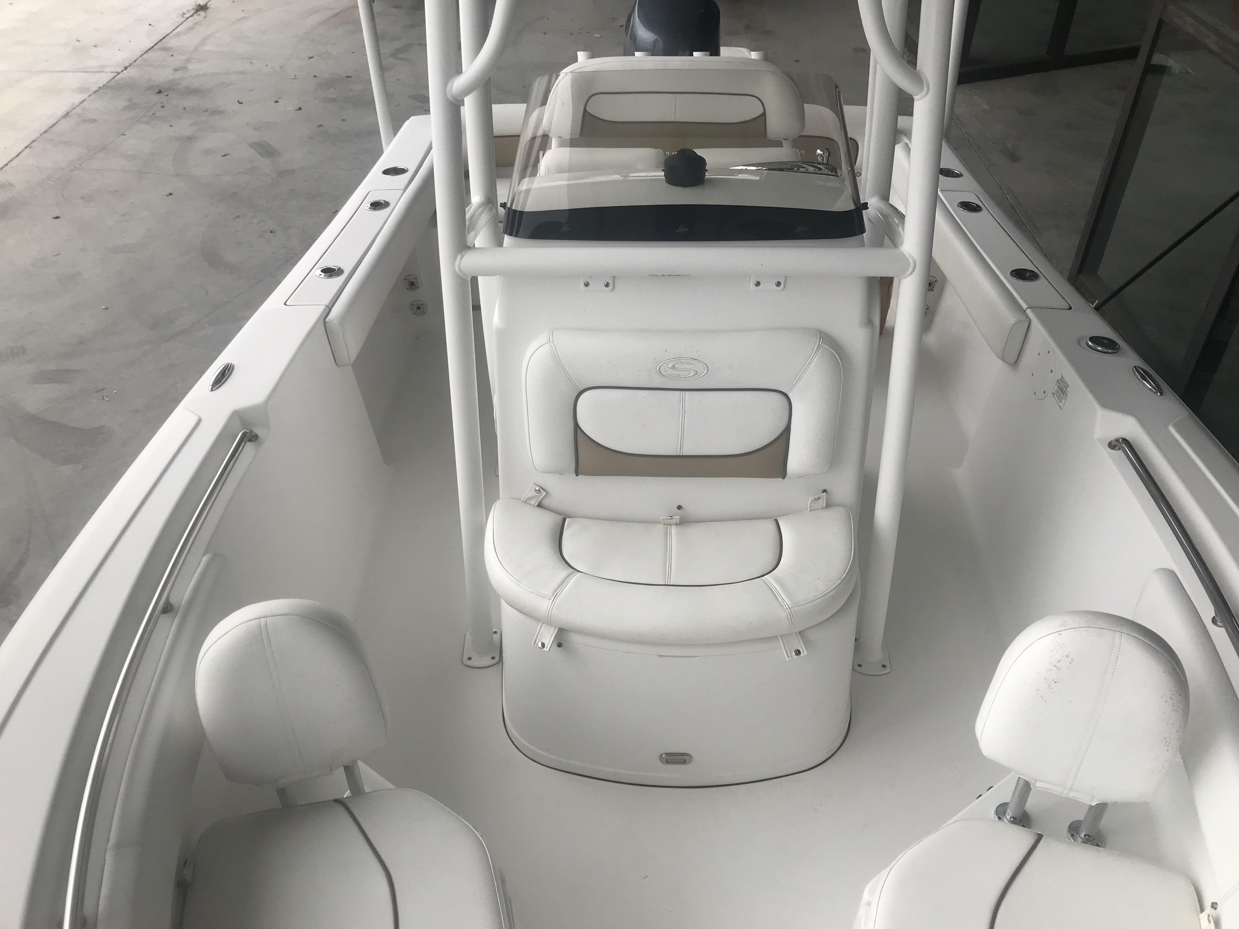 2015 Sportsman Boats boat for sale, model of the boat is Heritage 211 Center Console & Image # 9 of 15