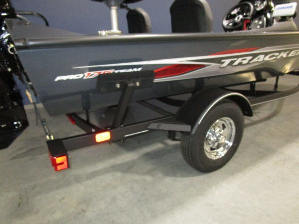 2022 Tracker Boats boat for sale, model of the boat is Pro Team 175 TF® & Image # 6 of 45