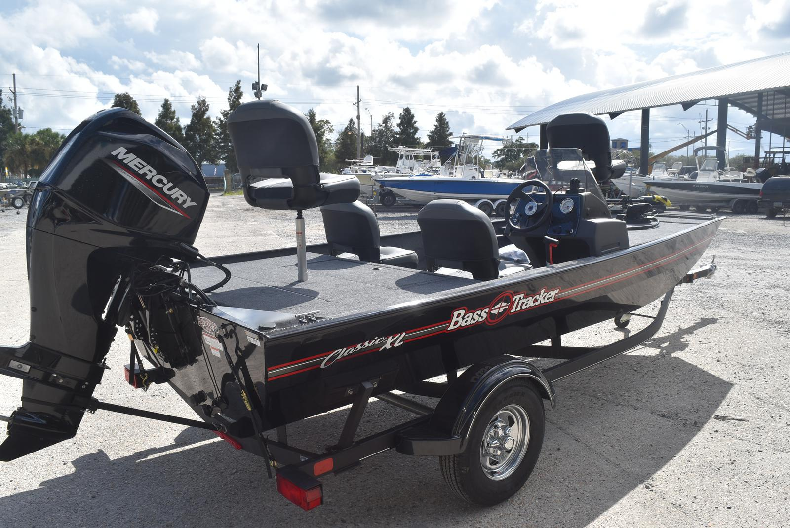 2021 Tracker Boats boat for sale, model of the boat is Tracker Classic XL, 50 ELPT & Image # 5 of 5