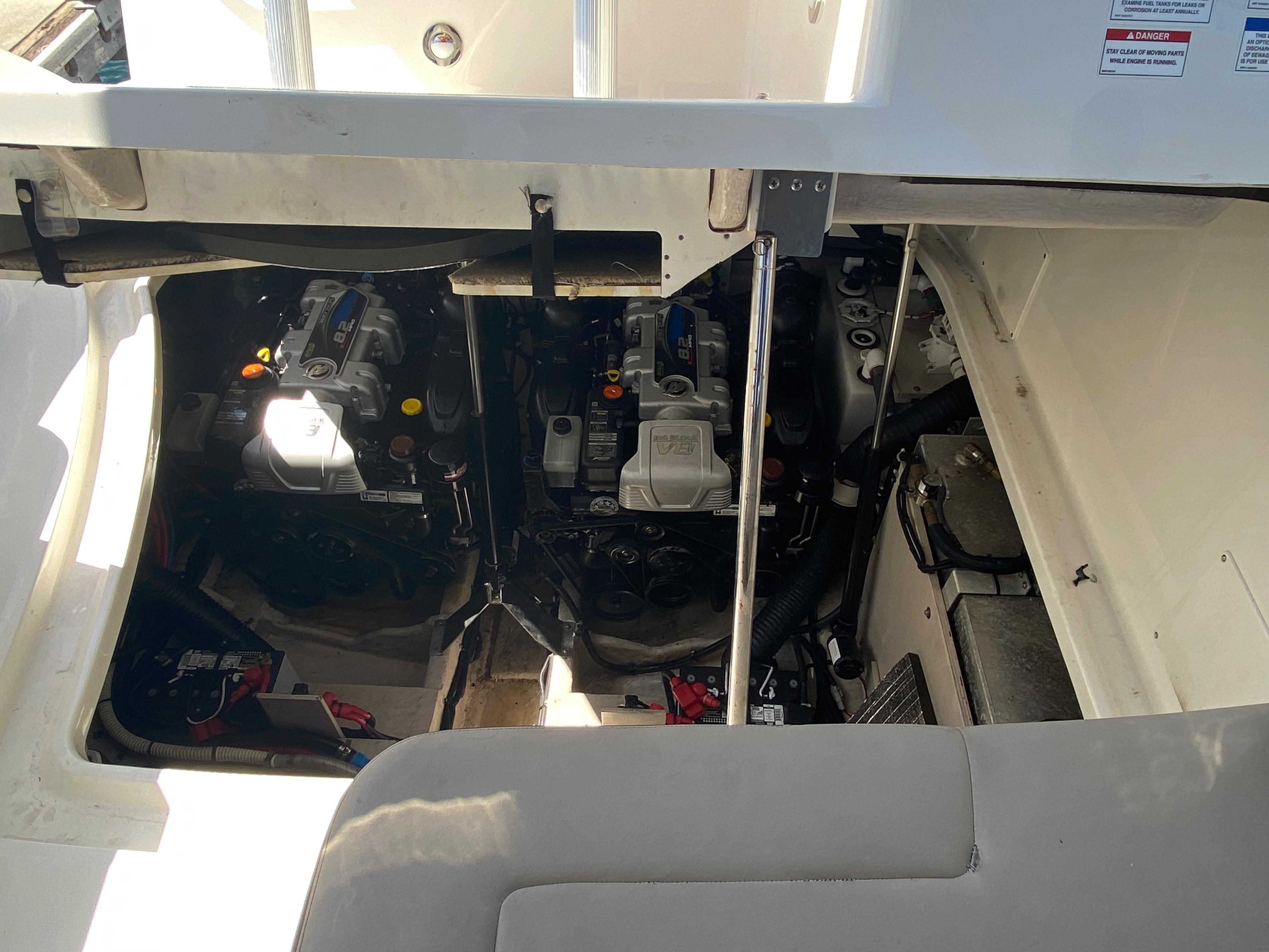 2015 Sea Ray 350 Sundancer #TB8539MC inventory image at Sun Country Coastal in Dana Point
