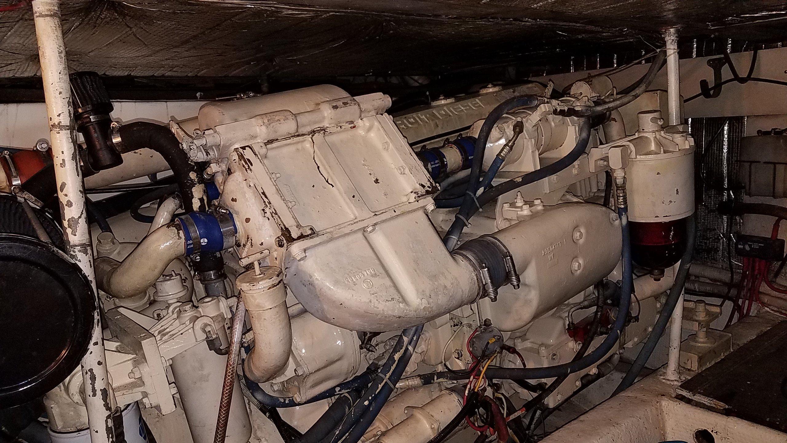 671TA Detroit 485 HP