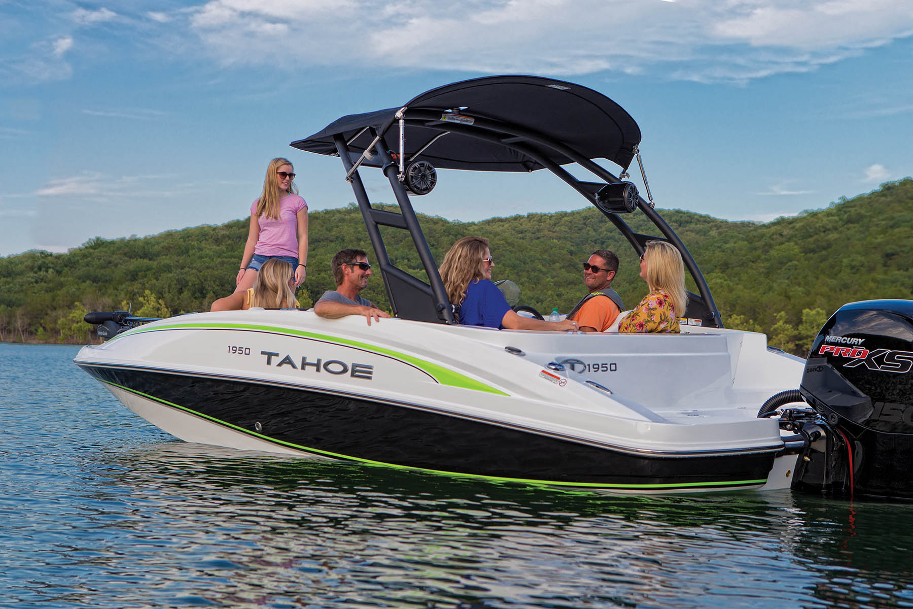 2021 Tahoe boat for sale, model of the boat is 1950 175HP PXS & Image # 10 of 11