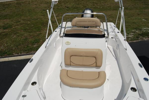 2017 Sportsman Boats boat for sale, model of the boat is Masters 227 & Image # 8 of 11