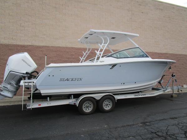 2021 Blackfin boat for sale, model of the boat is 272 DC & Image # 2 of 57