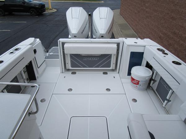 2021 Blackfin boat for sale, model of the boat is 272 DC & Image # 11 of 57