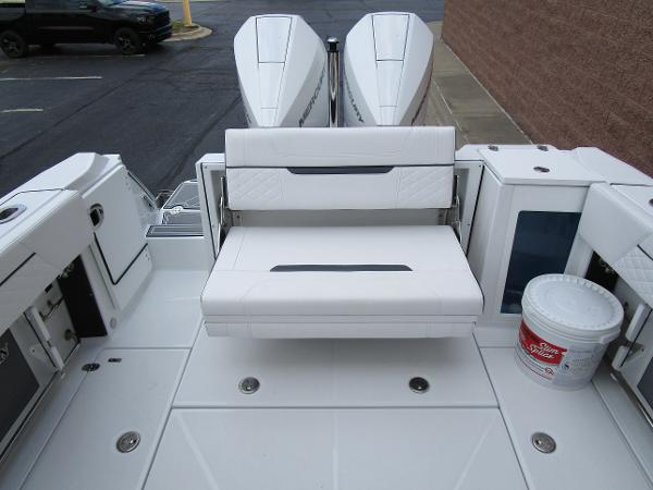 2021 Blackfin boat for sale, model of the boat is 272 DC & Image # 12 of 57